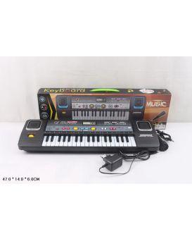 Синтезатор на батарейке, музыка, с микрофоном, зарядка, в коробке 47х14х6 см